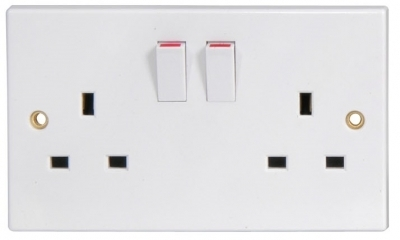 Mercury Double Gang Switched Mains Socket 429.891UK